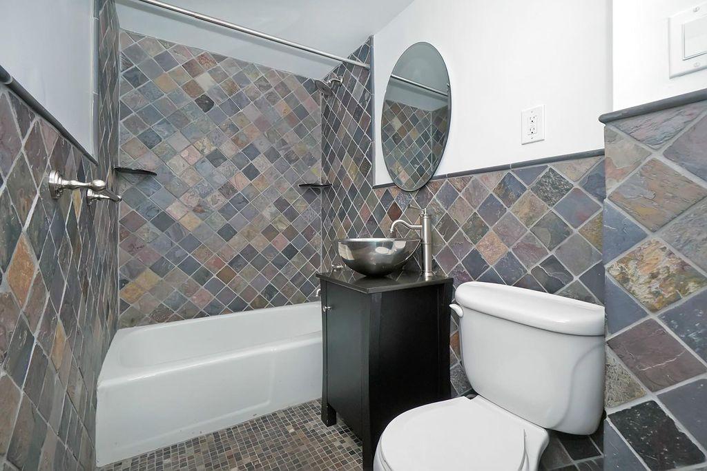 2つめのバスルーム。 これは珍しい。。。