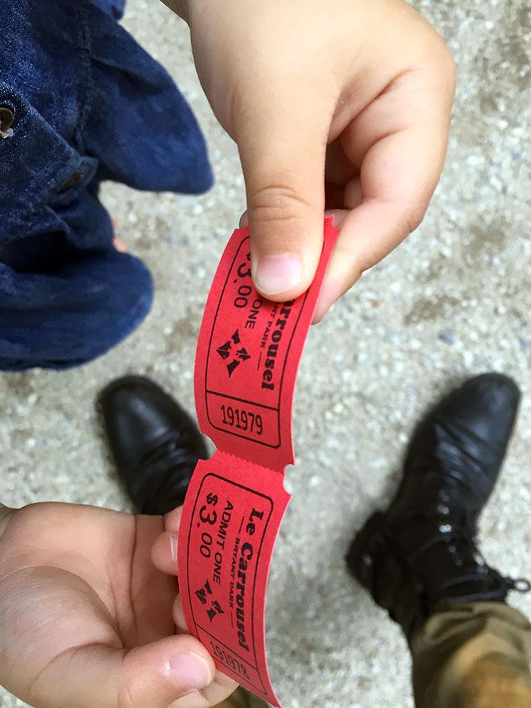 こちらが通常チケット。 2枚で$6です。