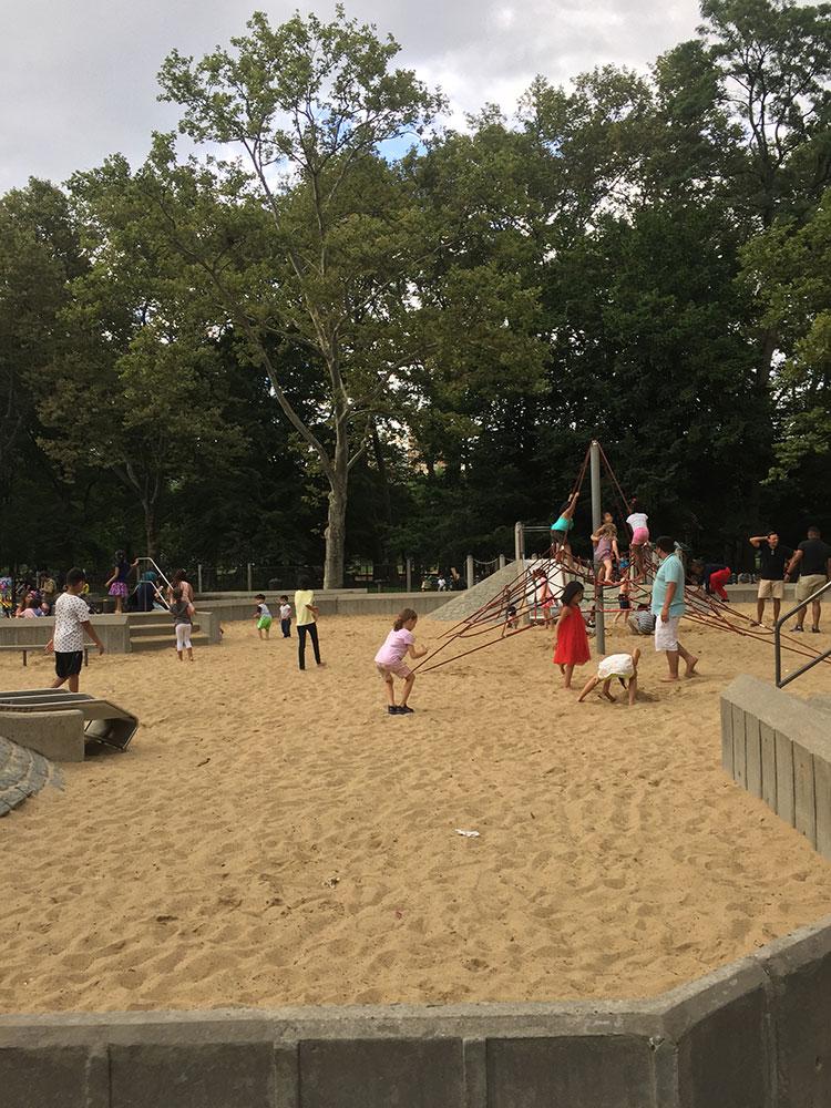 結構広い砂場です。