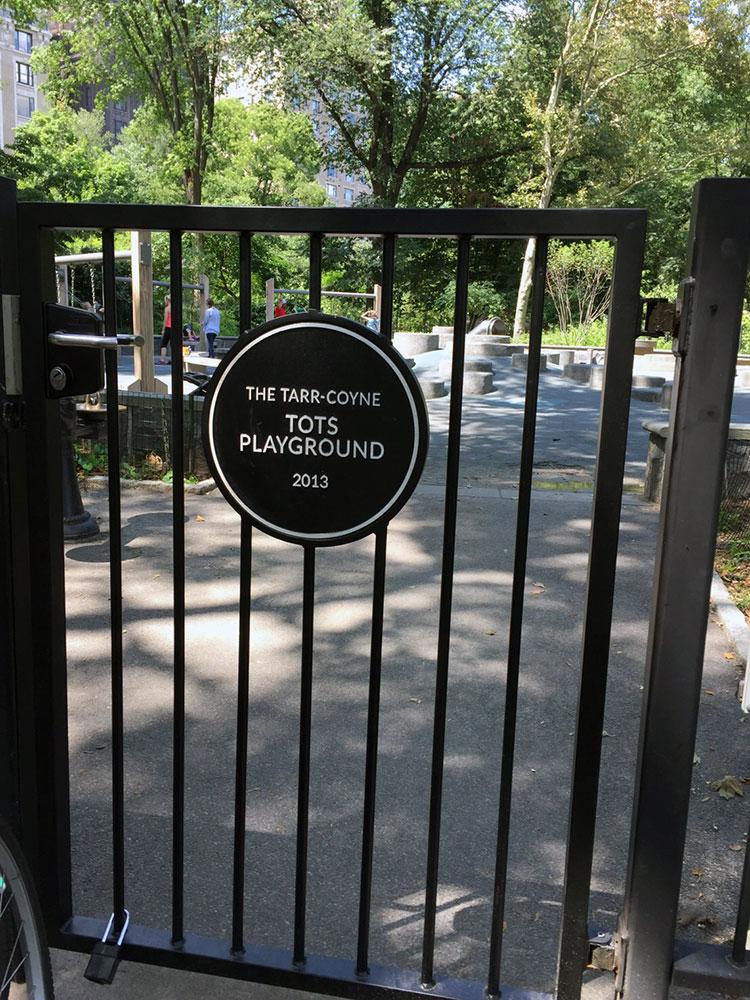 Tarr-Coyne Tots Playgroundの入り口